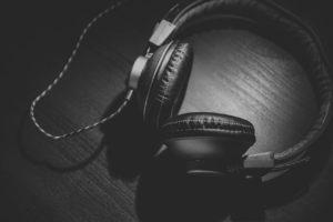Hear radio jingles